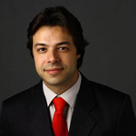 Prof. Paulo Vinícius Soares (Professor da Área de Dentística - FOUFU )